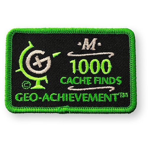 1000 Finds Geo-Achievement® -hihamerkki